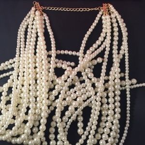 Jewelry - Pearl Lariat Necklace